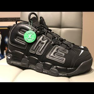 NEW NIKE UPTEMPO SUPREME BLACK SIZE 12